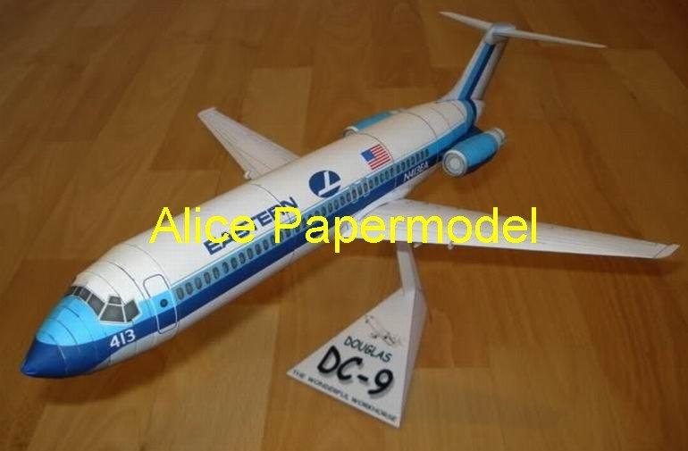 Douglas DC-9 DC9 Airliner vintage aircraft biplane models