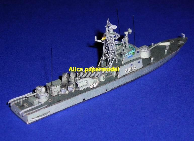 Torpedo boat gunboat gunship frigate missile submarine destoryer large scale size super big long battleship aircraft carrier military warship ship papercraft model models