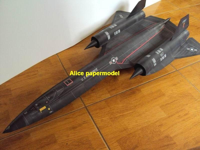 1:72 1:48 1:33 1:24 1:18 1:16 1:12 1:8 US USA Lockheed SR-71 SR71 Blackbird tactical airborne strategic reconnaissance aircraft Senior Span electronic warfare vintage biplane jet fighter helicopter bomber military transport aircraft big large scale size plane flight model models soldier pilot scene for sale store shop