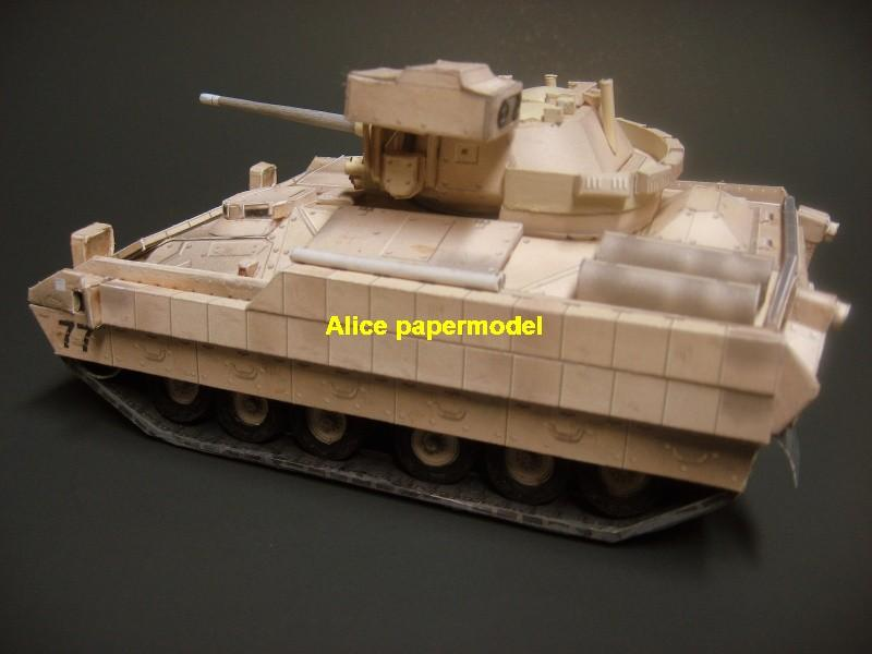 1:35 1:25 1:18 1:16 1:12 1:8 1:6 1:4 scale Cold Iraq War USA United States US army BAE M2A2 M2-A2 M2 Bradley Fighting vehicle armored vehicles MBT main battle tank modern self propelled howitzer cannon military truck jeeps jeep armoured car SAM missle launcher launches artillery military train big large scale size car model models soldier soldiers scene for on sale store shop