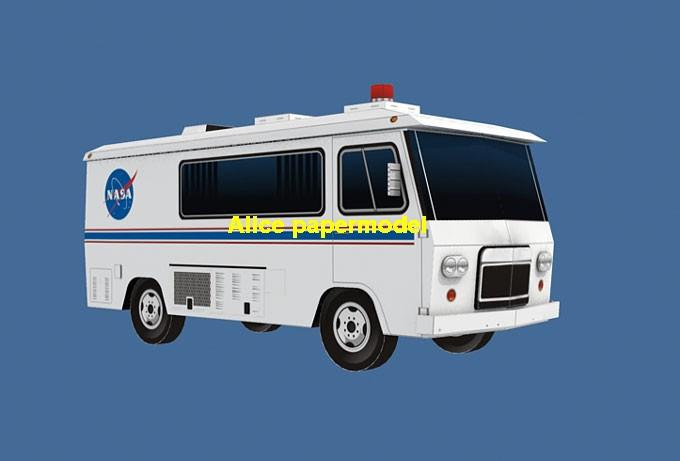 astronaut astrovan van bus car Raketoplan Launch vehicle launcher buran energia Space Transportation System STS carrier rocket Ballistic missile plane Satellite spaceship large big scale size model army Dioramas diorama Barbie doll Military Soldiers scene scenes scenery background base models kit on for sale shop store