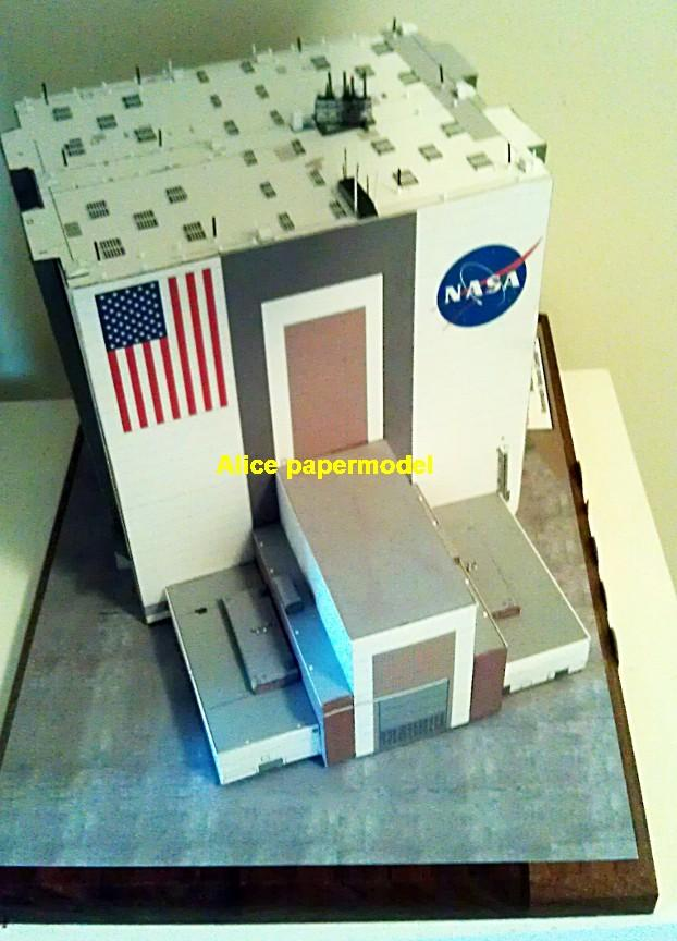 USA US NASA Flordia space center VAB vehicle assemble building space shuttle crawler transporter Raketoplan MLP Mobile Launch Platform vehicle launcher buran energia Space Transportation System STS carrier rocket Ballistic missile plane Satellite spaceship large big scale size model army Dioramas diorama Barbie doll Military Soldiers scene scenes scenery background base models kit on for sale shop store