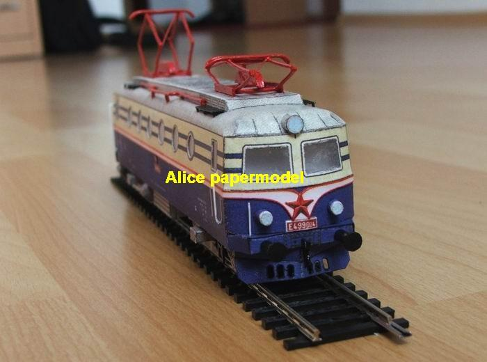 Eu Electric locomotive train gauge classes standard metre narrow industrial park Express diesel Passenger wagon waggon cabin High speed rail modern vintage carriage oil tank tram subway big large size car model models soldiers soldier railway station scene on for sale shop store