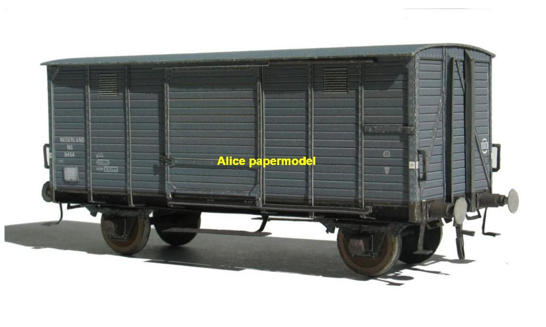 freighter cargo train locomotive rail diesel tram subway big large size car models model soldiers soldier railway station scene on for sale shop store
